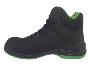 China Custom Mens Comfortable Work Shoes Branded Trendy Style For Light Work supplier