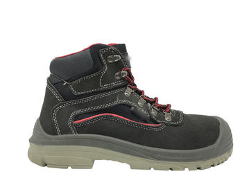 China Winter Rubber Safety Shoes / Steel Toe Work Boots For Men Sample Free distributor
