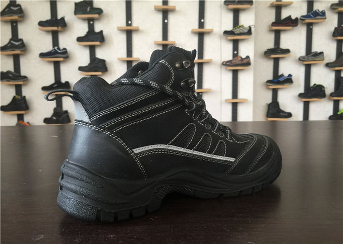 High Density PTU Men Work Boots Penetration Resistant For Machinery Industry