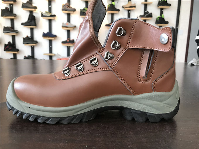 Waterproof Industrial Work Boots 100K To 1000M Ohms Standard S1P With Button