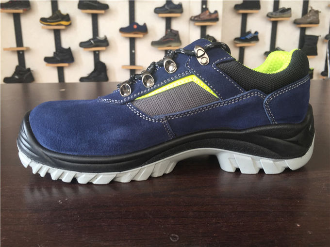 Corrosion Resistant Steel Toe Work Shoes Electrical Isolation Royal Blue Color