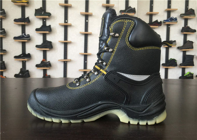 Fashion Mens Rubber Work Boots European Size Standard For Engineer OEM / ODM Available